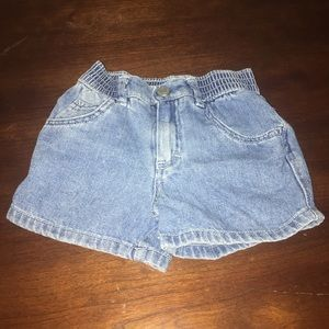 Old Navy Shorts Size 3-6 Months